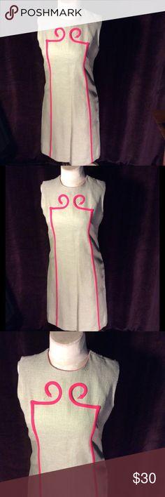 Gorgeous mad men sheath dress Pale gray linen dress with hot pink accents has a metal zipper Vintage Dresses