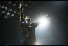 Drake Performs 'Too Good' with Rihanna For First Time, Merges Summer Sixteen Tour with OVO Fest