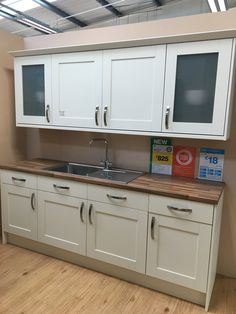 B&Q Westleigh Ivory Style Shaker kitchen Shaker Kitchen Doors, Kitchen Cabinets, B&q Kitchens, Ivory Kitchen, New Homes, Art Deco, Kitchen Ideas, House Ideas, Cottage