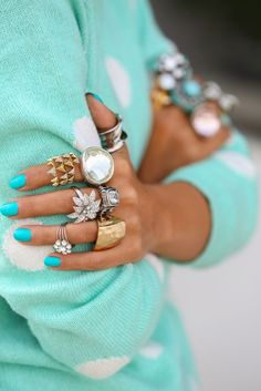 mix of rings, the bright blue turquoise nails, the softer blue sweater.but mostly all those rings looks so cool.Illamasqua in Robin Egg) Jewelry Box, Jewelery, Jewelry Accessories, Big Jewelry, Jewelry Ideas, Fashion Accessories, Verde Tiffany, Tiffany Blue, Viva Luxury