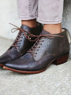 casual/formal shoes