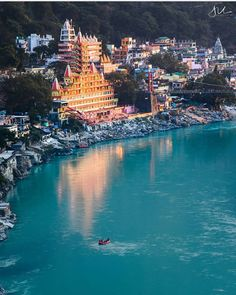 An evening by the Ganges ! Explore Himalayas With . Rishikesh, Beautiful Sites, Beautiful Places To Visit, Peaceful Places, Amazing Places, Tourist Places, Places To Travel, Vacation Destinations, Dream Vacations