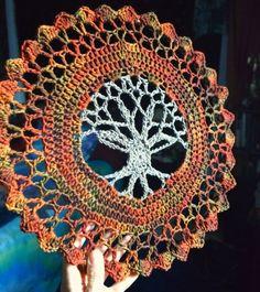 ergahandmade: Crochet Tree of Life Mandala + Free Pattern Step By Step + Video Tutorial Tree Of Life Quotes, Tree Of Life Symbol, Celtic Tree Of Life, Crochet Mandala Pattern, Doily Patterns, Crochet Patterns, Crochet Symbols, Crochet Ideas, Crochet Tree