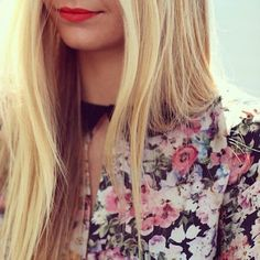straight long blonde hair + floral print + red lips