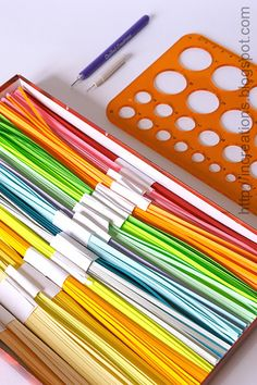 DIY: Cutting paper strips for quilling