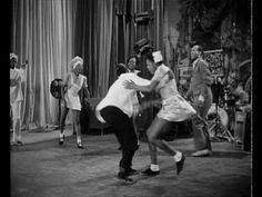 Lindy Hop - Hellzapoppin (1941) I would like to dance like this! It's just fabulous!