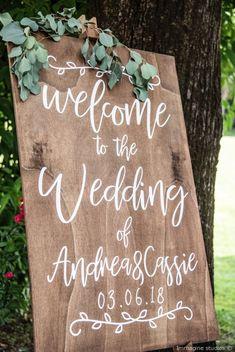Welcome to the wedding #matrimonio #nozze #sposi #sposa #decorazioninozze #rustichic #bohochic #wedding #weddingideas #ricevimento #allestimentinuziuali #decorazionimatrimonio