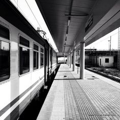 Rome, Train station | Places of transit ⋆ Blocal Travel blog |  link: http://www.blocal-travel.com/wanderlust/places-of-transit/