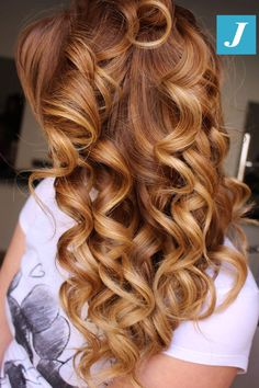 Big Curls For Long Hair, Long Curls, Wavy Hair, Blonde Hair, Ombre Hair, Loose Curls Hairstyles, Funky Hairstyles, Formal Hairstyles, Joelle