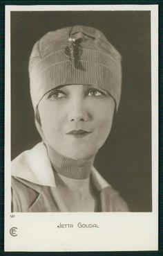 Jetta Goudal Movie star cinema original old c1920-1950s photo postcard la11