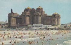 Traymore Hotel - Atlantic City NJ USA in the - Architecture and Historic Places - Buildings - Amazing Travel Photography and Sightseeing Destinations Brutalist Buildings, Abandoned Buildings, 1920s Architecture, New Jersey, Jersey Girl, Atlantic City, Galveston, Urban Planning, Vintage Postcards