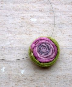 Felt Jewelry, Felt chain rose, green felt flower