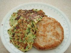 Scooter and Triangle Girl: Zucchini Patties and a Turkey Burger Veggie Recipes, Paleo Recipes, Whole Food Recipes, Zucchini Patties, Turkey Patties, Paleo Whole 30, Main Meals, Delish, Yummy Yummy