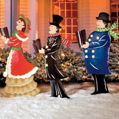 Victorian Old Fashioned Christmas Carolers Yard Outdoor Holiday Decor Set 3 NEW Christmas Yard Art, Christmas Yard Decorations, Outside Decorations, Christmas Wood, Victorian Christmas, Christmas Centerpieces, Christmas Carol, Christmas Lights, Vintage Christmas