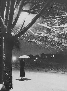 vintage photo, umbrella in snow