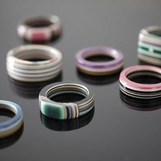 A Collection of Imaginative Paper Jewelry by Ten Artists includes these stacked . A Collection of Imaginative Paper Jewelry by Ten Artists includes these stacked paper rings by The Make Paper Beads, Paper Bead Jewelry, Book Jewelry, Clay Jewelry, Jewelry Crafts, Jewelry Making, Diy Paper Rings, Diy Rings, How To Make Rings