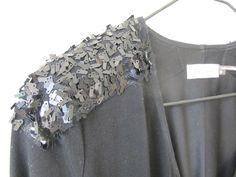 sparkle sparkle     shoulder accent new years dress !     http://ko-efficient.blogspot.com/