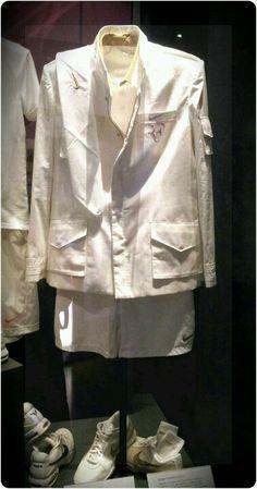 Roger Federer's Wimbledon 2009 outfit in Wimbledon Museum