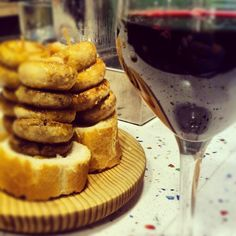 "@Jose R Camara Winetastelovers's photo: ""Una de champis en la calle San Juan de #Logroño, La #Rioja,"