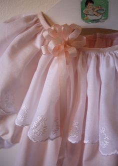 Tutorial for making a ribbon rosette.  Creations by Michie'
