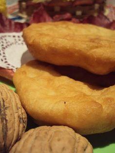 Hamburger, Deserts, Bread, Puddings, Romania, Food, Sweets, Brot, Custard Pudding