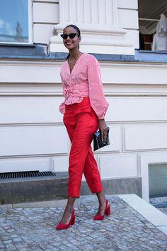 拒絕浮誇,真正時尚又實際的穿搭!柏林時裝週街拍才是你該參考的造型靈感!