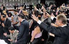 Além d'Arena: Igreja Universal do Roubo do Brasil