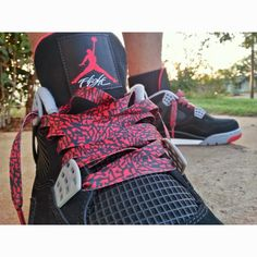 """FRESH ON THE SCENE FOR ALL THE REAL SNEAKERHEADS THAT LOVE THERE AIR JORDAN IIIs WE HAVE THE CUSTOM EXCLUSIVE """"ELEPHANT PRINT/CEMENT"""" LE SHOELACES (RED)!!! THESE LACES GO GREAT WITH ANY """"ELEPHANT PRINT/CEMENT"""" AIR JORDANS OR NIKE PRODUCT (NIKEID, SB, DUNKS, AIR FORCE 1, ETC.)  ORDER NOW TO GET YOUR PAIR BECAUSE WE DONT KEEP THESE STOCK!!!                             LENGTH: 55''COLOR: RED/BLACKLE: LIMITED EDITION WE THE BEST in the"""