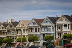 20 Best Places to Photograph in San Francisco (Travel Guide) San Francisco Travel Guide, San Francisco City, San Francisco Skyline, Visiter San Francisco, Karl The Fog, Transamerica Pyramid, Beach At Night, Palace Of Fine Arts, Lombard Street
