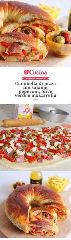 Ciambella di pizza con salame, peperoni, olive verdi e mozzarella