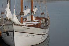 Veleros en Vilanova de Arousa Sail Boats, Sailing Ships, Sailor, Life, Inspiration, Candle, World, Yachts, Beaches