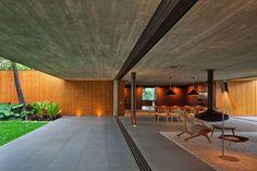 V4 House by Marcio Kogan MK27 Architects