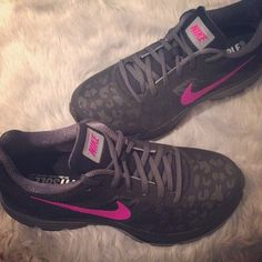 ff32cadaa9b0b Black and hot pink nikes ♡ Nike Leopard Shoes