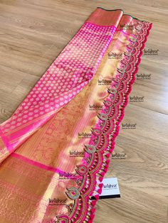 Saree Tassels Designs, Saree Kuchu Designs, Wedding Saree Blouse Designs, Saree Blouse Neck Designs, Wedding Silk Saree, Saree Blouse Patterns, Fancy Blouse Designs, Silk Sarees, Organza Saree