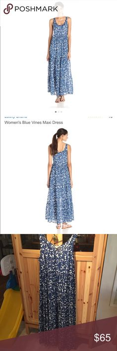 LUCKY BRAND dress Women's Blue Vines Maxi Dress (( Like new )) I just used once I'm to short for the dress I'm 5'3 and I have to wore heels 👠 that's why I'm selling my beautiful dress 👗 Lucky Brand Dresses Maxi