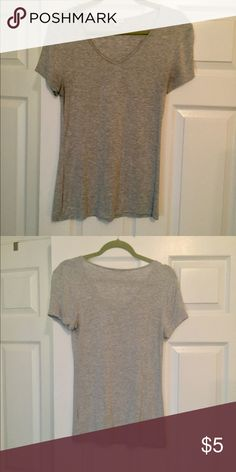 Zenana Outfitters Gray V-Neck Shirt Size Medium Zenana Outfitters Gray V-Neck Shirt Size Medium Very Comfortable Thin Good for Layering Zenana Outfitters Tops Tees - Short Sleeve