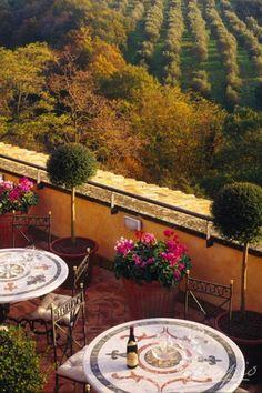 The perfect hotel for your trip to Rome: Castello della Castelluccia Relais, Italy