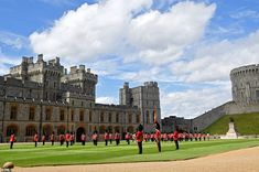 In keeping with Covid-19 guidelines, each soldier was tasked with standing 2.2 metres apar... Buckingham Palace Garden Party, Trooping The Colour, Queen's Official Birthday, Riverside Park, Queen Birthday, Isabel Ii, Duke Of York, Royal Engagement, Windsor Castle