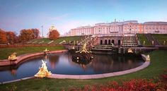 Peterhof in autumn.Photo by Ivan Smelov.A♥W