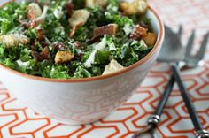 Create a tasty Caesar salad with kale and KRAFT Creamy Caesar Dressing. Apple Salad Recipes, Bean Salad Recipes, Kale Caesar Salad, Kale Salad, 500 Calories, Cannelloni Recipes, Supper Recipes, Supper Meals, Make Ahead Salads