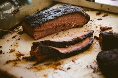 Finding the best BBQ in Austin is a real challenge as all of them areso juicy and delicious and you have plenty of places to choose from! Well, at least we managedto narrow down to 10 the restaurants where you can enjoy one of the best BBQ in town, so we hope this