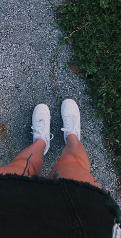 air force ones - - Cute Tumblr Pictures, Cool Girl Pictures, Girl Photos, Cute Girl Photo, Girl Photo Poses, Girl Photography Poses, Mode Poster, Snapchat Girls, Profile Pictures Instagram