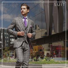 ¿Cómo sacarle partido a su inversión  Un traje 3 looks.1. Look Suit  Traje  a la medida de tres piezas clásico y elegante 892ac69ee4f