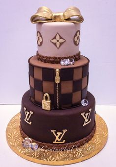 Louis Vuitton Cake- Tap the link now to see our super collection of accessories made just for you! Crazy Cakes, Fancy Cakes, Cute Cakes, Pink Cakes, Gucci Cake, Chanel Cake, Gorgeous Cakes, Amazing Cakes, Louis Vuitton Cake