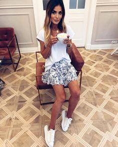 Magda Pieczonka (@about_fashion_magdapieczonka) • Instagram photos and videos Summer Outfits, Photo And Video, Casual, Instagram, Videos, Girls, Photos, Style, Fashion