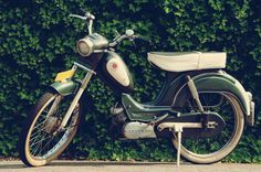 My moped - Union Sport O matic from 1964 by on DeviantArt Moped Bike, Motorized Bicycle, Design Thinking, Old And New, Motorbikes, Cycling, Nostalgia, Vespa, Scooters