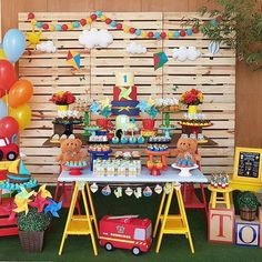 I hope you enjoy these amazing TOY STORY PARTY ideas. Sunshine Birthday, Baby Birthday, 1st Birthday Parties, Baptism Party, Baby Party, Rustic Toys, Car Themed Parties, Kids Party Themes, Toy Story Party