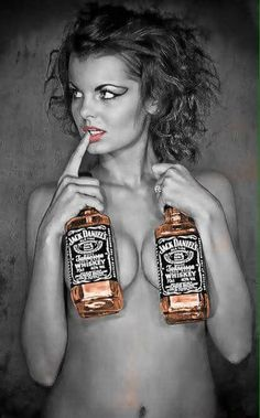 Sexy woman with two bottles of Jack Daniels Whisky, Bourbon Whiskey, Jack Daniels Whiskey, Whiskey Girl, Gentleman Jack, Alcohol, Redheads, The Best, Scotch