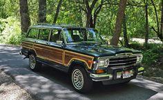 1991 Jeep Grand Wagoneer 5.9L Green / Tan - Original Owner - Garaged