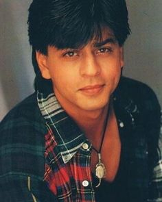 Shah Rukh Khan - that hair kills me! He's still so beautiful! Shahrukh Khan And Kajol, Shah Rukh Khan Movies, Indian Actresses, Actors & Actresses, Sr K, Romantic Pictures, King Of Hearts, Hollywood Actor, Bollywood Stars